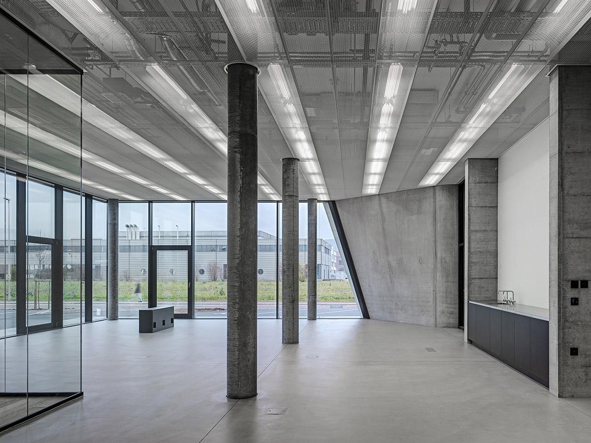 Büro- und Gewerbebau Aesch